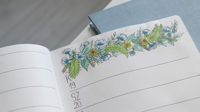 BULLET JOURNAL PRINTABLE TEMPLATE - BLUE FLOWERS, BIRTHDAY CAKE