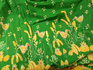 ide 12 Pakem Motif batik bekasi burung mandar Ibu Indah