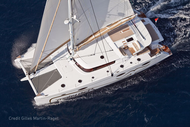 location bateau cannes monaco et saint tropez charterminute location catamaran corse. Black Bedroom Furniture Sets. Home Design Ideas