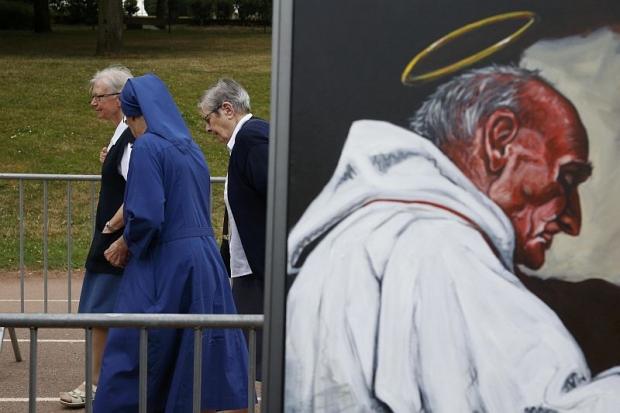 Percaya Yesus, Biarawati ini Tidak Takut Mati Ketika Diancam Dibunuh Saat Teror Perancis