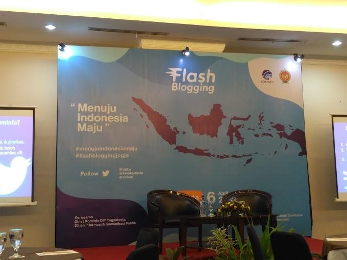 Flashblogging Bersama Kominfo: Mencintai Indonesia, Menuju Indonesia Maju