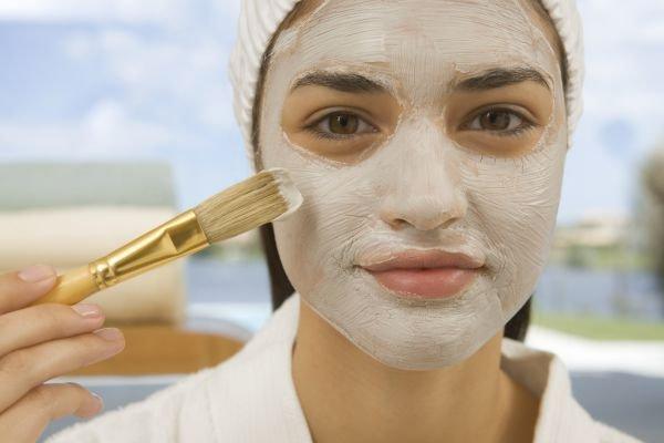Conheça o efeito fenomenal do fermento de pão no rosto