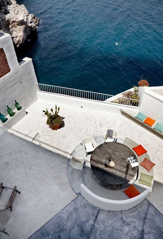 Incredible terrace with sea view | Photo by Wichmann + Bendtsen for Kinfolk