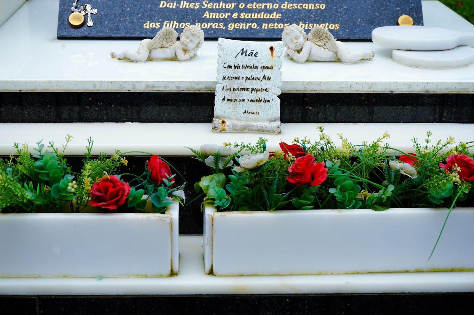 beautyanxiety.com-St. Michael's Chapel and Cemetery-beautyanxiety.com-St.%2BMichael%2527s%2BChapel%2Band%2BCemetery-DSC09857.jpg