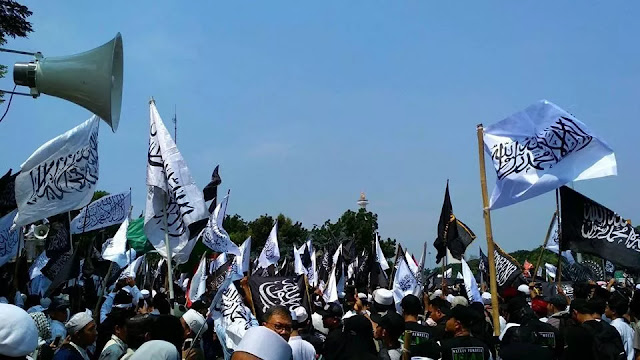 Kantongi Izin, Satu Juta Bendera Tauhid akan Berkibar di Reuni Akbar 212