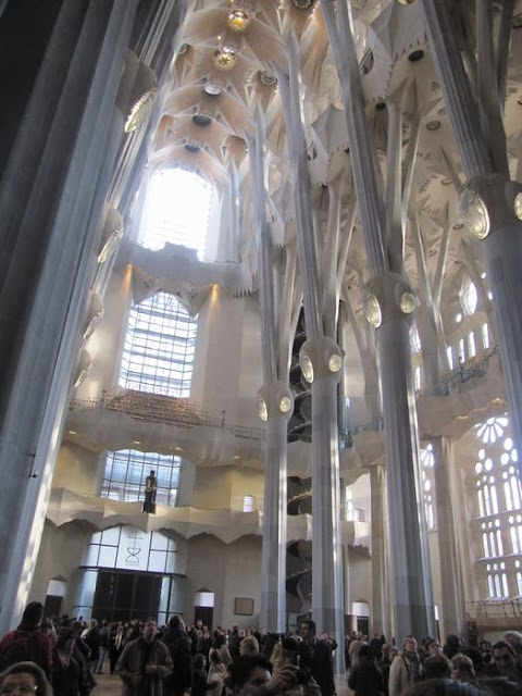 interior sagrada familia