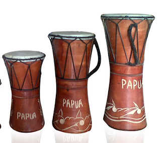 Alat musik dari PAPUA - Tifa