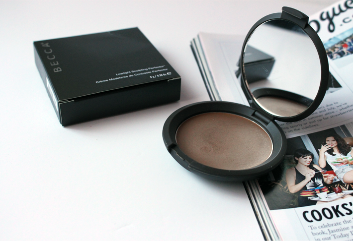 Becca Lowlight Sculpting Perfector Contour Cream Space NK