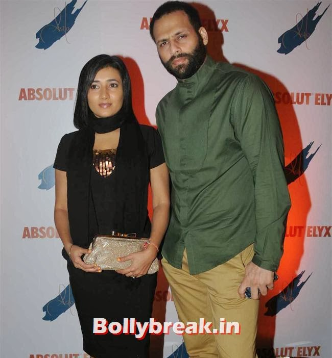 Bikram Saluja with wife Schauna, Narayani Shastri, Pria Kataria Puri, others at Absolut Elyx Party