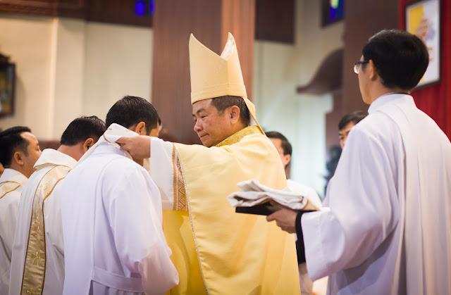 Lễ truyền chức Phó tế và Linh mục tại Giáo phận Lạng Sơn Cao Bằng 27.12.2017 - Ảnh minh hoạ 150