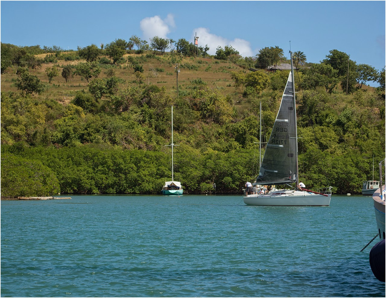 Zarafa tries out new sail in Antigua