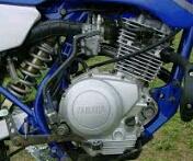 mengatasi mesin motor mogok akibat bensin banjir