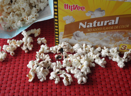Making Mud Pie: Microwave Popcorn