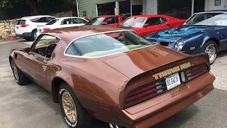 Moverse por el mundo es más rápido en un Trans Am 1979 que en un trineo y reno. www.transam1979.com