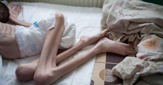 Diritti umani human rights romania l 39 orrore degli - Foto di innamorati a letto ...