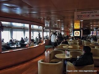 Relato da cidade de Pireus, cidade portuária da Grécia e a travessia no Mar Egeu de ferry - Atenas a Rodes