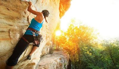 Inilah Tips Aman Melakukan Rock Climbing yang Bisa Anda Terapkan