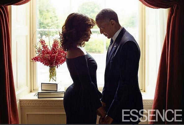 US president Obama & wife cover Essence Magazine Oct 2015 issue
