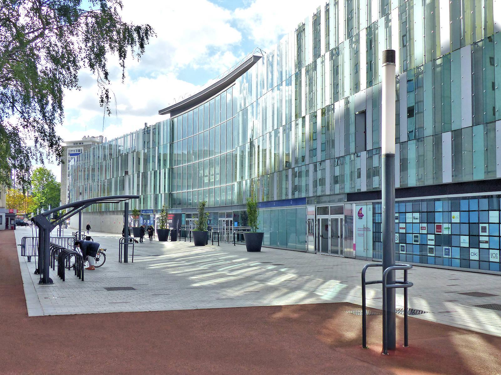 Tourcoing Centre - Promenade Fraternité, espace 2 roues