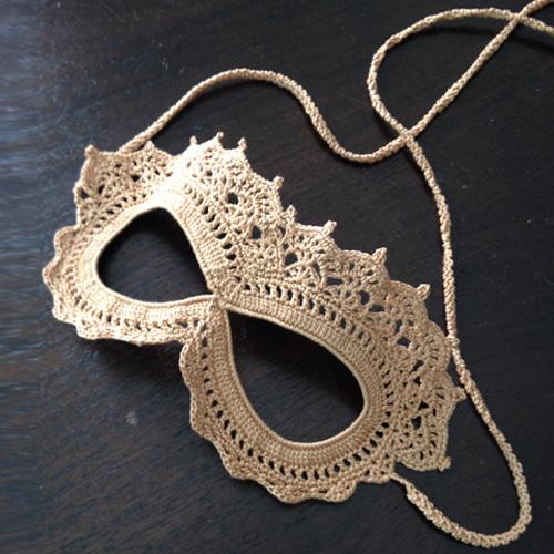 Crochet Lace Masquerade Mask - Free Pattern