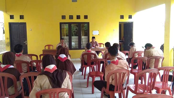 Serma Kusento Bersama DKR Kwaran Gandrungmangu Bahas Pengamanan Arus Mudik Lebaran