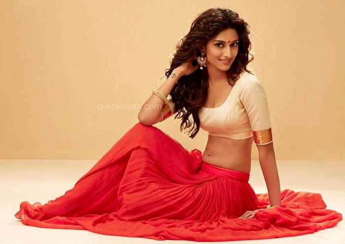 Top 30 Most sexiest photos of Erica Fernandes- Hot Navel Cleavage Photo Gallery