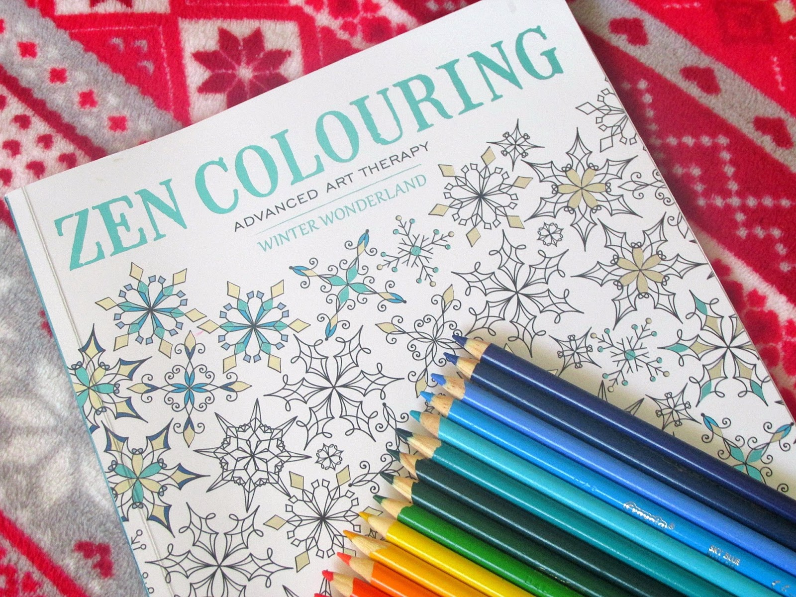 Zen Colouring Winter Wonderland Adult Xmas Colouring Book Review