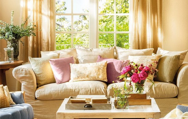 5 Tips To Decorate The Living Room 13