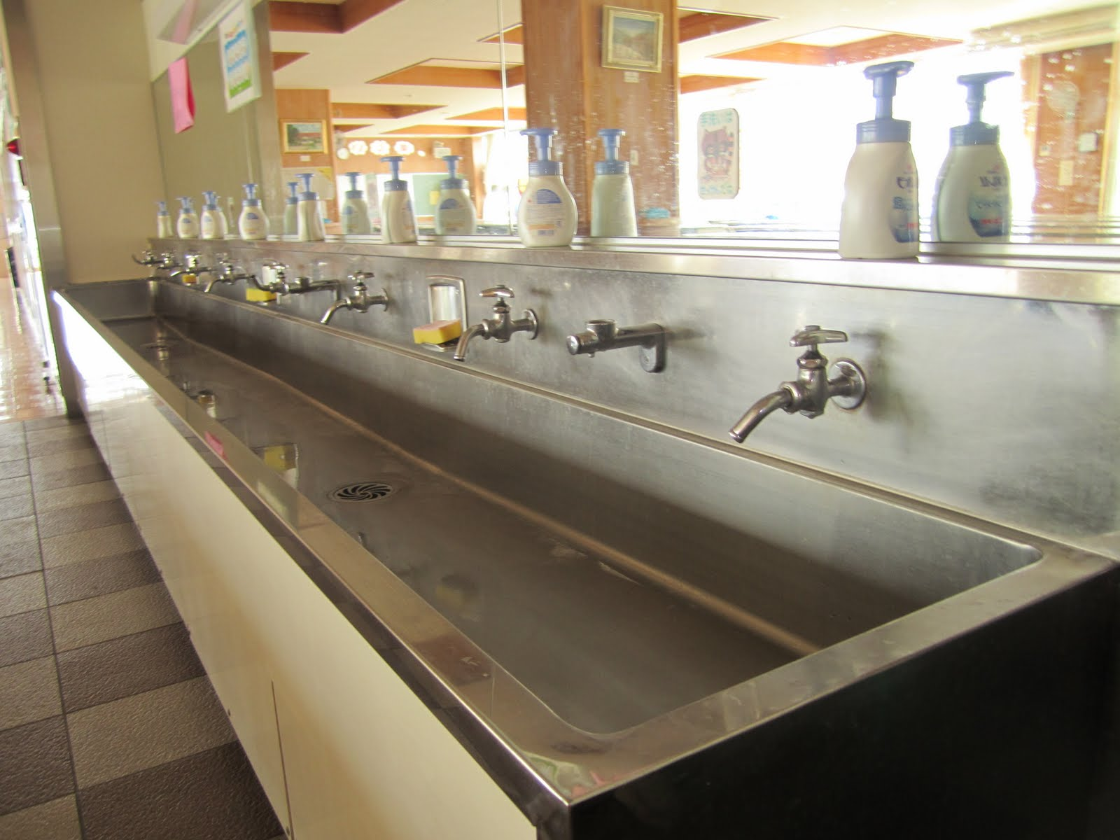 Commercial Kitchen Trough Drain