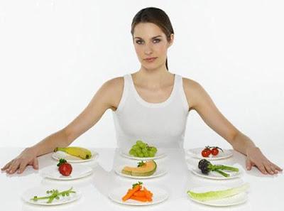Phun môi kiêng ăn gì