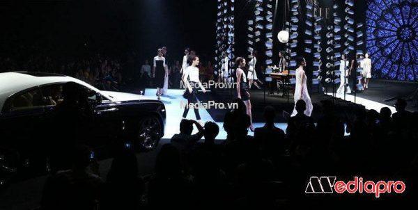 Lễ Ra Mắt Sản Phẩm Xe Hơi Porsche