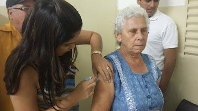 LOCAL: Vacinação contra a H1N1 é realizada em São Joaquim do Monte.