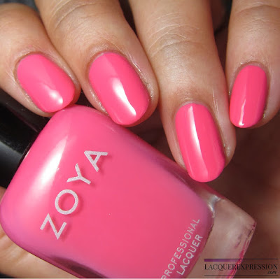 nail polish swatch of Winnie from the Zoya Summer 2017 Wanderlust collection