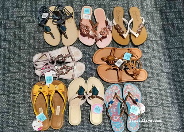 SMX Shoes and Bags Sale - SMX Convention Center - SM City Bacolod - Bacolod blogger - luggage - Grendha - summer - Grendha sandals