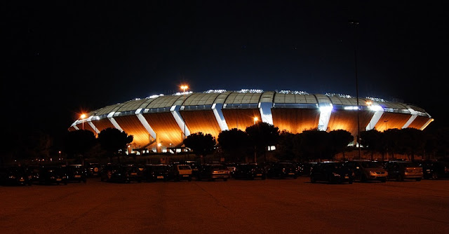 Visita ao estádio San Nicola em Bari