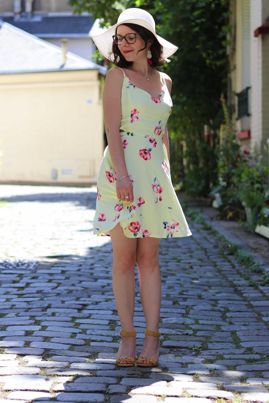 look mode les gommettes de melo gommette ambassadeurparly2 parly2 hollister 123 soldes poupee rousse robe été sélection mariage idee tenue bapteme plage jaune fleurs