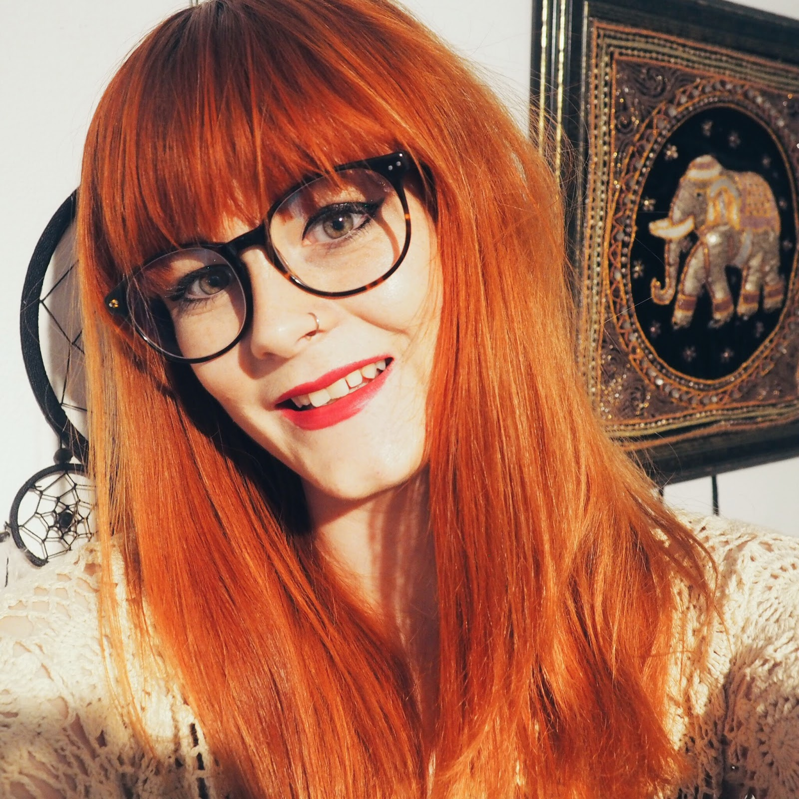Scout 70's Glasses Selfie Fashion Blogger Red Hair