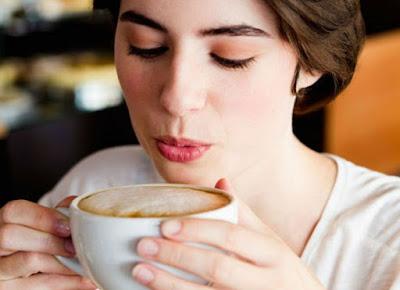 Minum Kopi Setelah Makan Siang maupun Malam