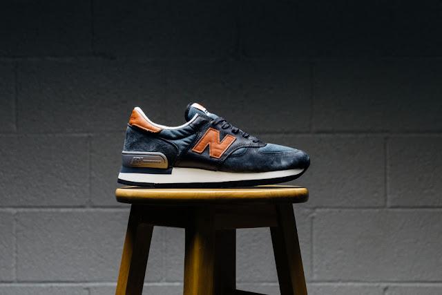 New Balance 990 Distinct