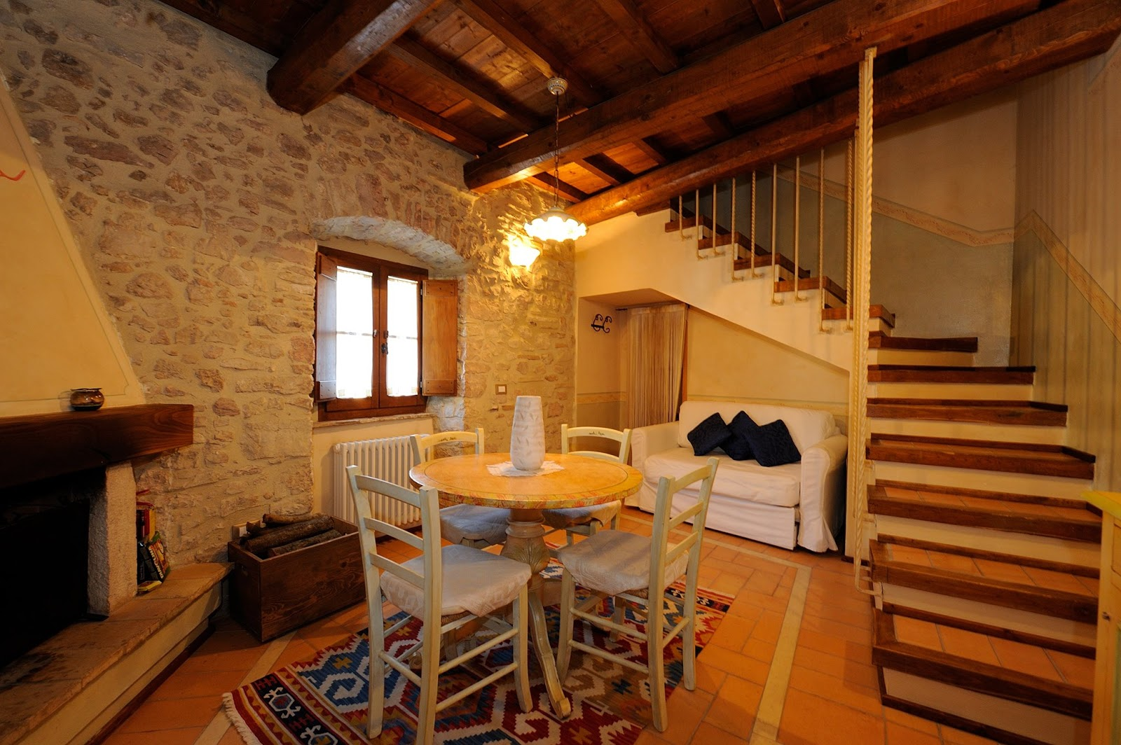 Alberghi diffusi e ospitalit diffusa for Franceschini arredamenti