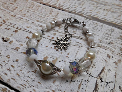 biżuteria z pereł i kamieni