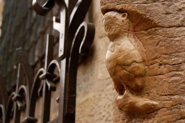Coruja de Dijon na Catedral Notre Dame de Dijon