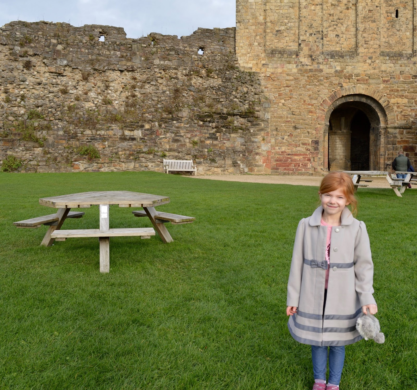 A weekend break in Richmond, North Yorkshire | What to do with the kids - English Heritage Richmond Castle picnic tables