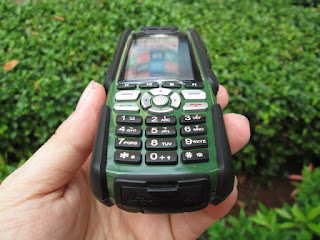 Hape Outdoor Murah Landrover A9i Analog TV