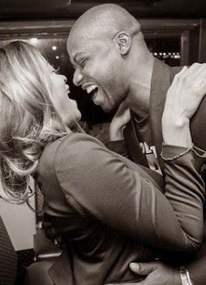 Iyanya umawia się z Yvonne Nelson