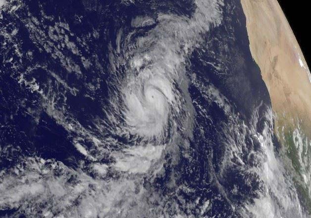 Aunque sin peligro para la tierra, el huracán Irma será poderoso durante días en el Atlántico