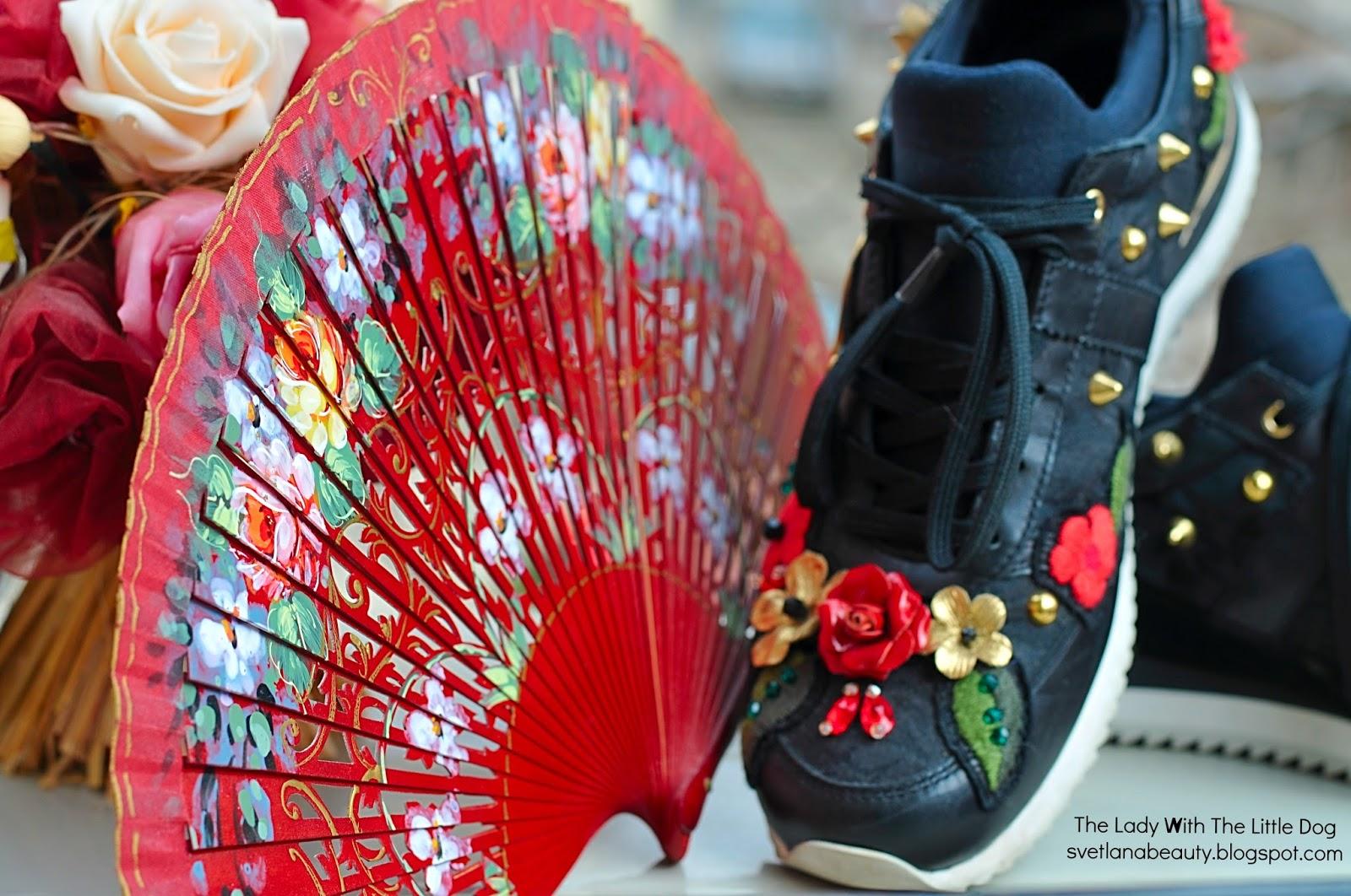 5188ac32d31 ми трябваха наистина удобни обувки. Предвиждах много натоварена програма -  Маракеш, Барселона, Рим, Малага, Мадейра, Санта Круз, Пуерто де ла Круз,  Генуа, ...