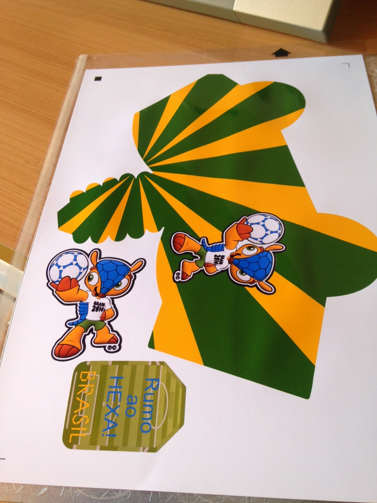 Silhouette Brasil na Copa - Passo a Passo ~ Arte De Fazer ... ce209e0fac