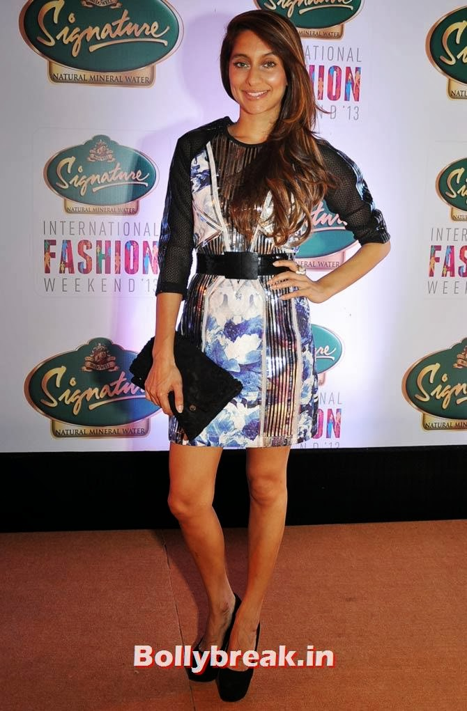 Anusha Dandekar  Flirty and elegant, Anusha Dandekar 's outfit has our thumbs up!