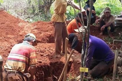 Subhanallah, 20 Tahun Meninggal, Jasad Kiai Kudus Santri Mbah Fadhol Ini Masih Hangat